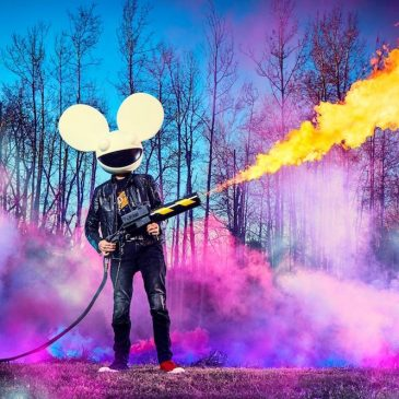 PHOTOSHOOTS, FLAMETHROWERS & DEADMAU5!